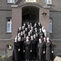 Schakel gebedsketen bij zusters in Sittard en Aarle-Rixtel